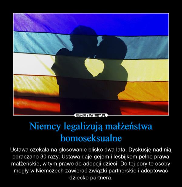 Niemcy legalizują małżeństwa homoseksualne – Ustawa czekała na głosowanie blisko dwa lata. Dyskusję nad nią odraczano 30 razy. Ustawa daje gejom i lesbijkom pełne prawa małżeńskie, w tym prawo do adopcji dzieci. Do tej pory te osoby mogły w Niemczech zawierać związki partnerskie i adoptować dziecko partnera.