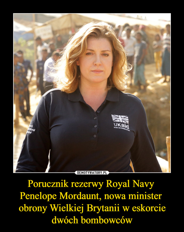Porucznik rezerwy Royal Navy Penelope Mordaunt, nowa minister obrony Wielkiej Brytanii w eskorcie dwóch bombowców –
